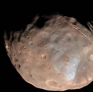 2015 11 Phobos et Mars